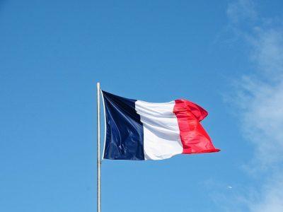 Flag 3283466 640 (2)